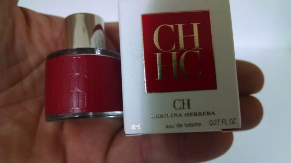 Miniatura Perfume CH   Carolina Herrera 8 Ml