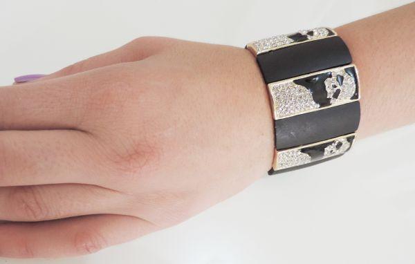 bracelete elástico skulls preto