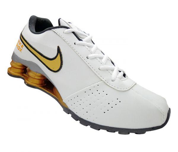 timeless design fb8b2 f21f6 Tênis Nike Shox Classic Branco e Dourado cod  2667
