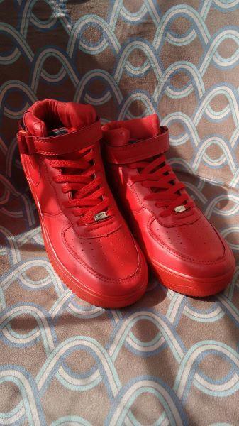 Tênis Nike Air Force Cano Médio Vermelho