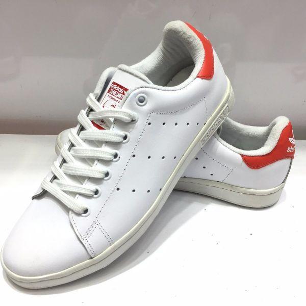 48021b3e87 Tênis Adidas Stan Smith Branco c  Vermelho - Outlet Ser Chic