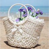 bolsa de palha branco detalhes em croche