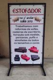Cavalete de Ferro e lona impressa com Arte de propaganda + entrega em Porto Alegre