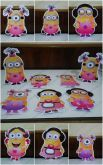 Kit com 7 displays Minions menina