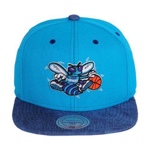 Boné Snapback Mitchell   Ness NBA Charlotte Hornets - Estilo das ... e3bde5a096a