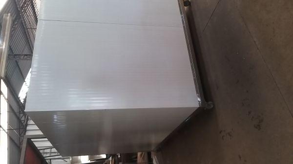 camara fria 2x1,5x2 mt sob pedido na medida que o cliente necessita
