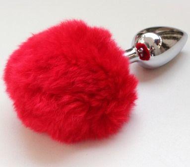 Plug em aço inox com pompom - vermelho