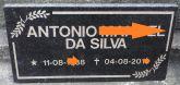 Placa em Granito só os nomes, Feito em baixo Relevo.