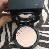 MAC Studio Fix Powder Plus Foundation NC20 [Réplica]