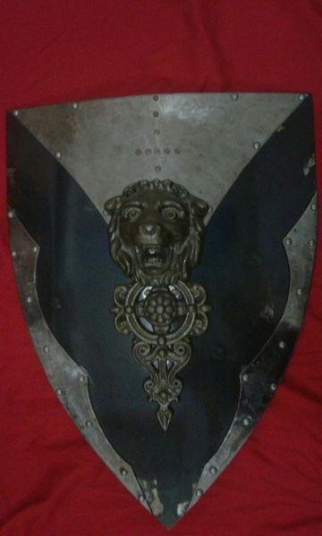 Escudo II - Sob encomenda