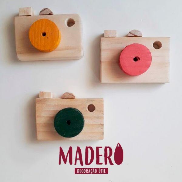 Câmera fotográfica de madeira