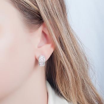 Brinco Argola Folheado Ródio com Cristal Oval Rosa Leitoso e Micro Zircônia Cristal