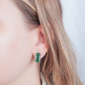 Brinco Argola Folheado Ródio Negro com Cristal Oval Esmeralda e Micro Zircônia Cristal