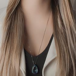 Conjunto Gota Folheado Ródio Negro com Cristal Bicolor Azul Marinho e Verde Claro