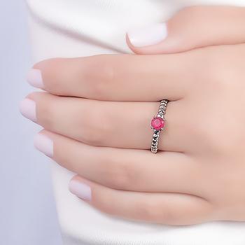 Anel Folheado Ródio Negro com Cristal Redondo Pink Leitoso