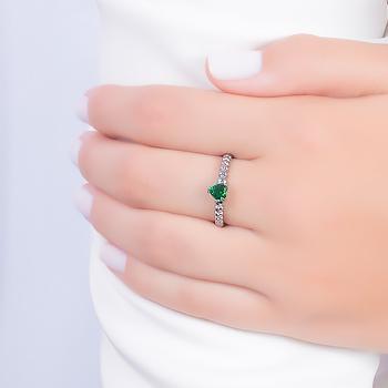 Anel Folheado Ródio Negro com Coração Cristal Esmeralda