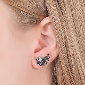 Brinco Asa Folheado Ródio Negro com Micro Zircônia Negra e Gota Cristal