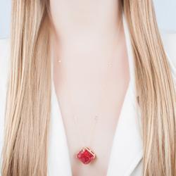 Colar Quadrado Folheado Ouro 18K com Pedra Fusion Pink e Corrente Tiffany