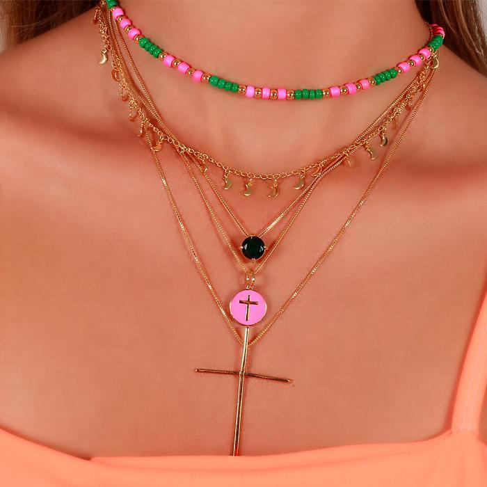 Colar Folheado Ouro 18K Miçangas Pink e Verde Escuro com ABS