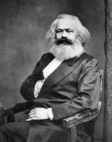 """Karl Marz, filósofo, economista, sociólogo e jornalista; autor de livros importantes como """"O Capital"""" e """"A Ideologia Alemã""""."""