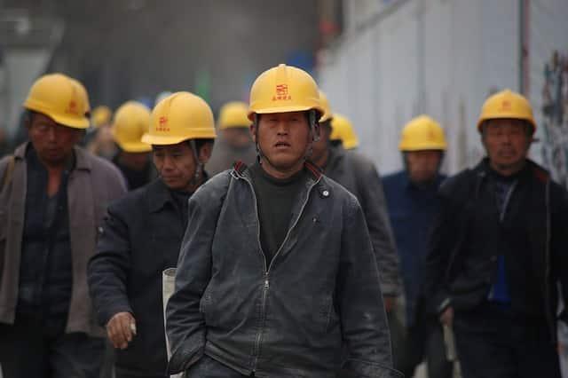Proletariado, como os operários, são personagens principais do naturalismo