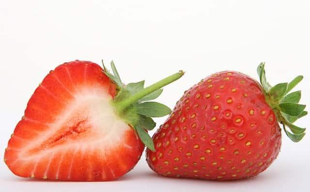 Morango, um fruto composto.