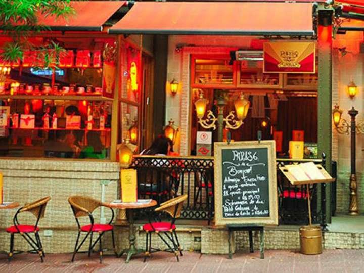 Petit p6 caf bistr for Restaurant 24h paris