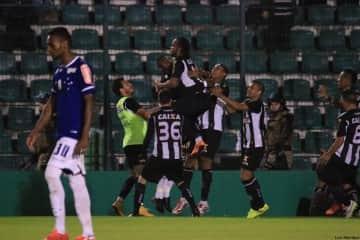gol carlos alberto meia figueirense 2