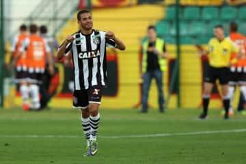 Figueirense+v+Sport+Recife+Brasileirao+Series+2doDNqjWUwAl
