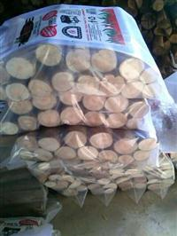 Lenhas de eucalipto embaladas