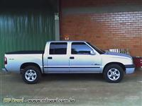 S10 DLX DIESEL 4X4 PRATA 2005 SUCATA
