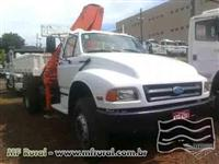 Caminhão  Ford F14000 muck para 6 toneladas no pé  ano 93
