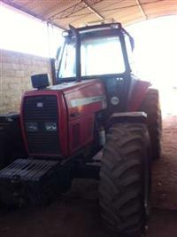 Trator Massey Ferguson 680 HD 4x4 ano 08