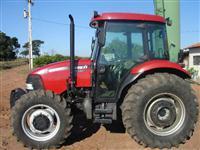 Trator Case FARMAL CASE 4x4 ano 12
