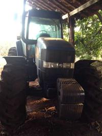 Trator Ford/New Holland NH7010 4x4 ano 13