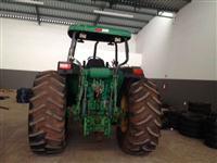 Trator John Deere 7500 4x4 ano 99