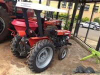 Trator Agrale 4100 4x4 ano 78