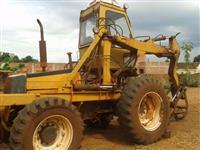 Trator Valtra/Valmet BM 85 4x4 ano 01