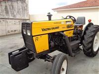 Trator Valtra/Valmet 685 4x2 ano 00