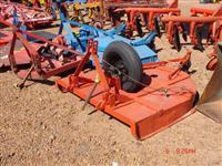 Roçadeira central de pneu com 1,60 metros