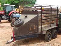 Carreta de transporte de animais