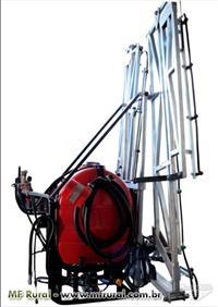 Pulverizador Land Track 400 litros, 22 bicos de 3 vias