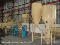 Fábrica de ração 300Kg/hr Extrusados e 500Kg/hr Farelados