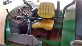 Trator John Deere Modelos 4x4 ano 01
