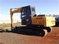 Escavadeira Hyundai modelo X220 LC-95 ano de fabricação 2012