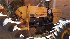 Trator Valtra/Valmet 148 4x4 ano 87