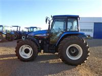 Trator Ford/New Holland TS6040 4x4 ano 11