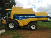 NEW HOLLAND CS660/ANO 2006/ 30 PÉS / PENEIRA UNIVERSAL