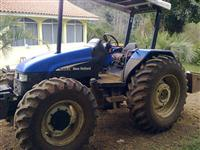 Trator Ford/New Holland TL95E 4x4 ano 03
