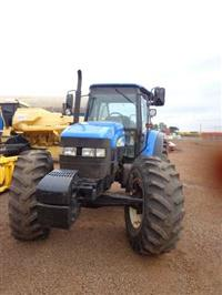 Trator Ford/New Holland TM 165 4x4 ano 06